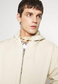 Dickies - ALLENHURST - Summer jacket - light taupe - 3