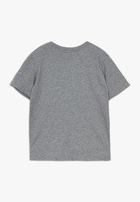 Patagonia - BOYS GRAPHIC ORGANIC  - Print T-shirt - gravel heather - 1