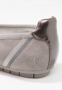 s.Oliver - Ballet pumps - light grey - 2