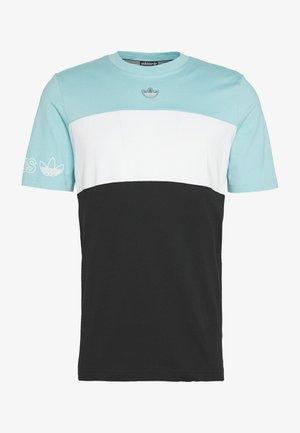 PANEL TEE - Print T-shirt - blue