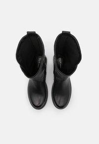 Tata Italia - Kowbojki i obuwie motocyklowe - black - 5