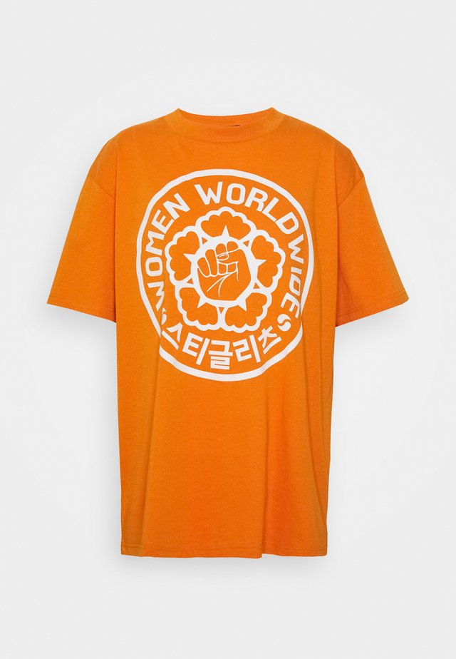 URI TEE - T-shirt imprimé - orange