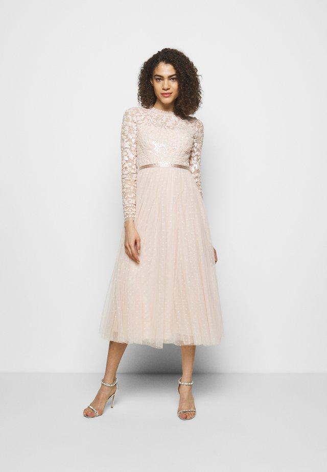 TEMPEST BODICE BALLERINA DRESS - Suknia balowa - strawberry icing