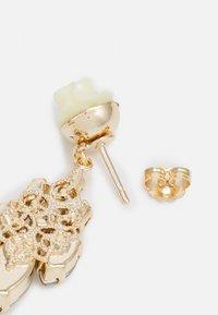 Anton Heunis - POST FLOWER WITH CRYSTAL DIAMOND SHAPE - Oorbellen - cream - 1