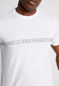 Armani Exchange - Print T-shirt - white - 5