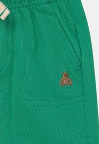 GAP - Shorts - parrot green - 2