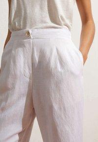 OYSHO - Trousers - white - 3