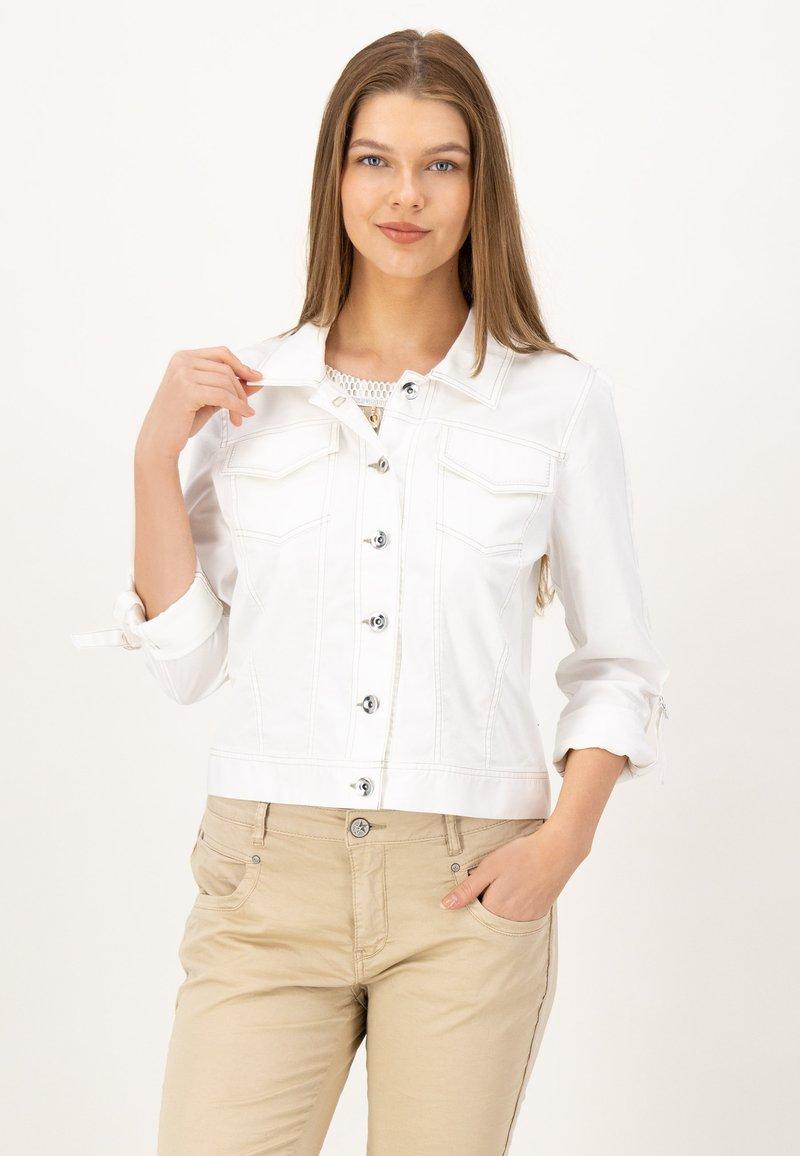 JUST WHITE - Summer jacket - weiss uni