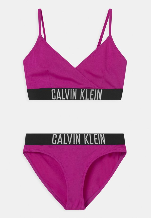 CROSSOVER TRIANGLE SET - Bikini - purple