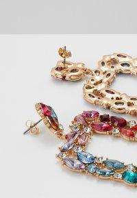 Pieces - Øredobber - gold-coloured/multi - 1