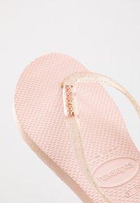 Havaianas - SLIM FIT LOGO METALLIC - Pool shoes - ballet rose - 2