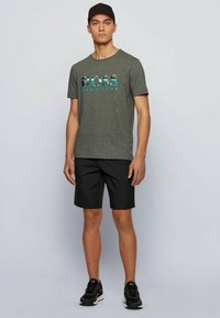 BOSS - TEE  - Print T-shirt - grey - 1