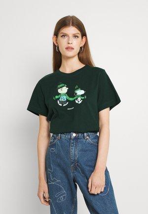 MYSEN DOUBLE SCARF - T-shirt print - pine grove