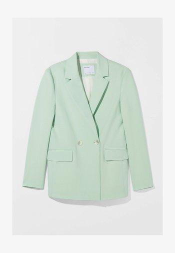 MIT KNÖPFEN  - Short coat - green