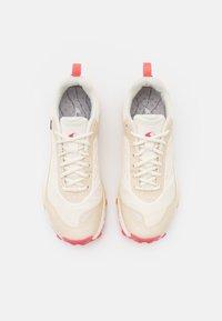 Viking - ANACONDA LIGHT FIT GTX - Hiking shoes - cream - 3