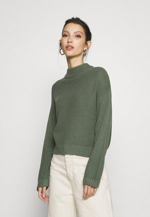CROPPED MOCK NECK - Stickad tröja - green