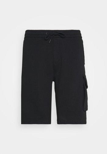 PLUS MONOGRAM BADGE - Shorts - black