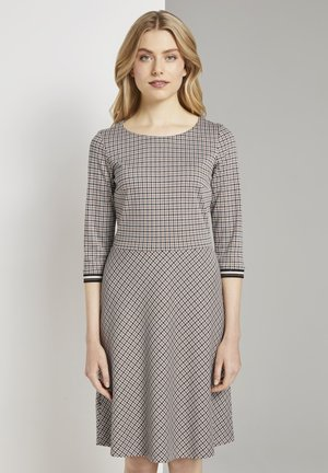 Jersey dress - camel small check