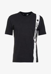 Love Moschino - Print T-shirt - black - 3