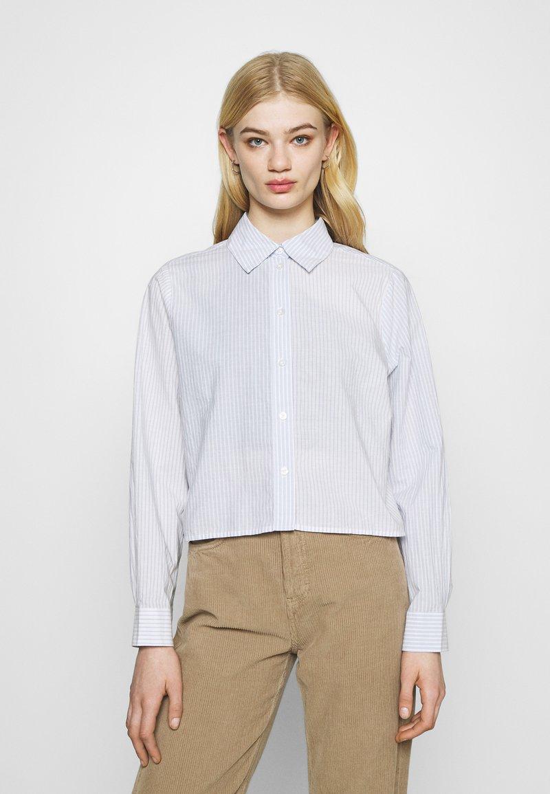 Weekday - GWEN  - Button-down blouse - blue/white