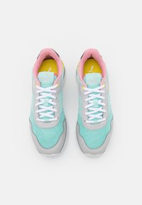 Puma - R78 VOYAGE - Baskets basses - eggshell blue/white/gray violet - 5