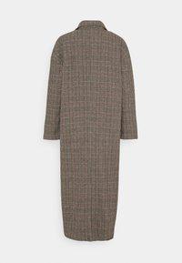 Missguided - HERITAGE CHECK - Klasický kabát - brown - 1