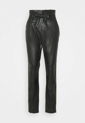 VMEVA PAPERBAG ANKLE PANTS - Bukse - black