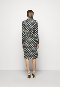 Proenza Schouler White Label - SHEER DRESS - Jersey dress - ecru/black - 2