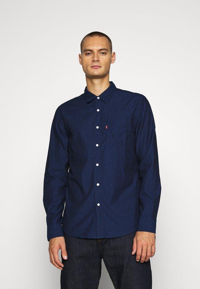 SUNSET 1 POCKET STANDARD - Shirt - med indigo