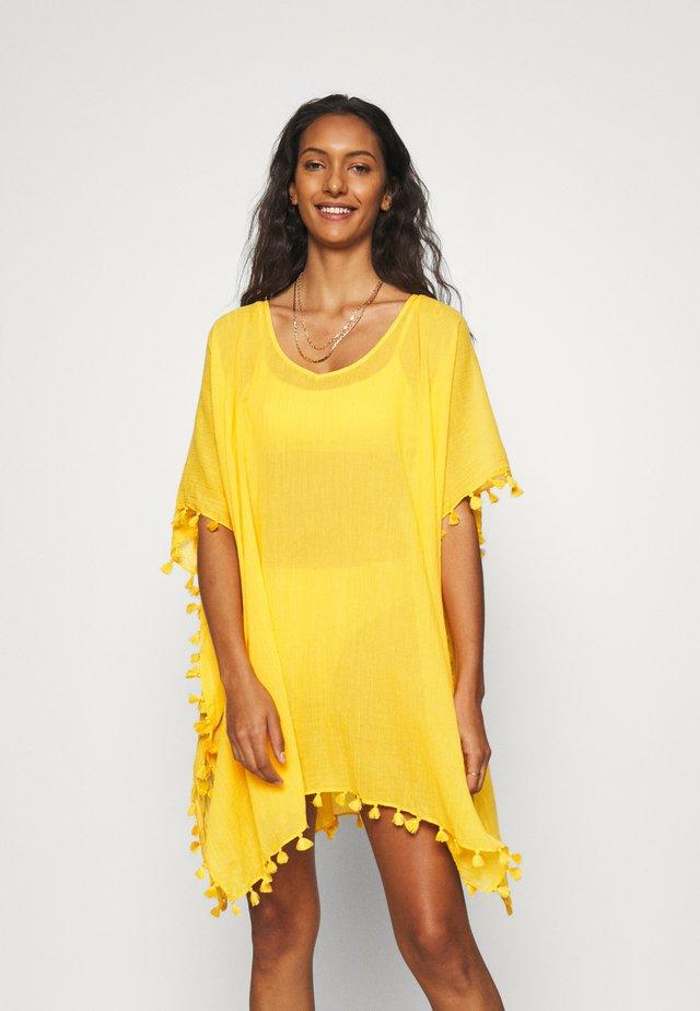 BEACH EDIT AMNESIA KAFTAN - Beach accessory - marigold