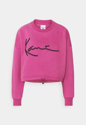 SIGNATURE CREW - Sweatshirt - dark pink