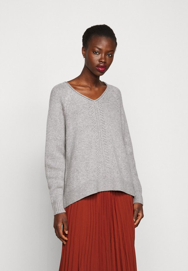 V-NECK TALL - Jumper - light grey melange