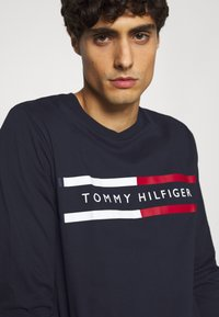 Tommy Hilfiger - CHEST STRIPE - Long sleeved top - blue - 5