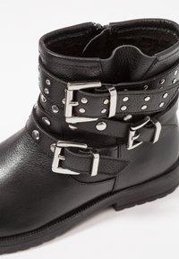 Friboo - Kovbojské/motorkářské boty - black - 2