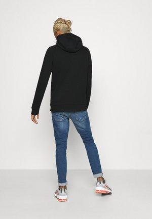 RREMMETT  - Sweat à capuche zippé - black