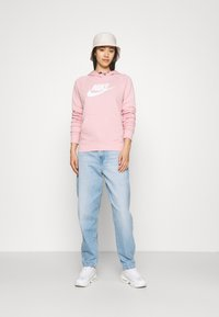Nike Sportswear - HOODIE - Sweat à capuche - pink glaze/white - 1