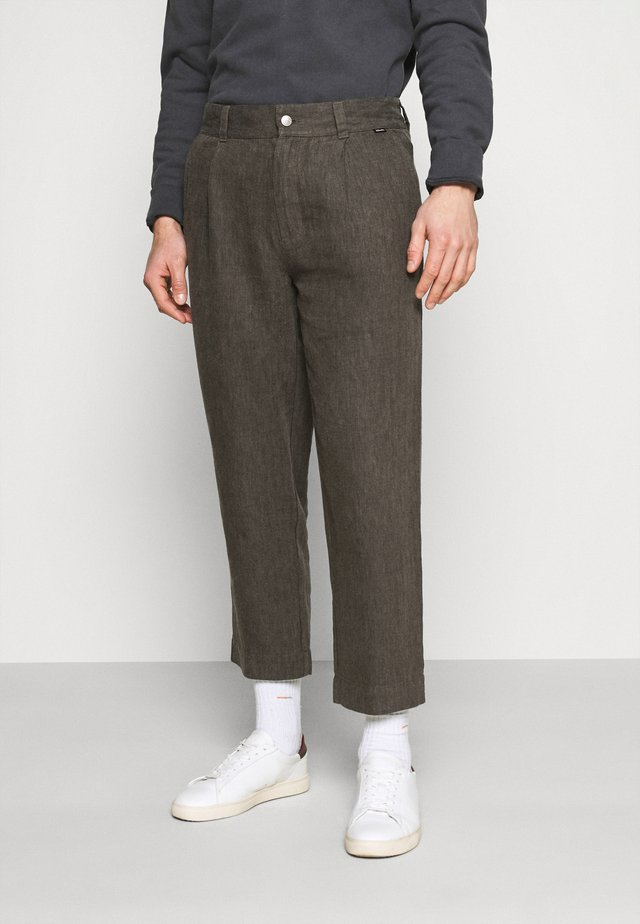 LIVELY ONES SUIT PANT - Pantaloni - silt