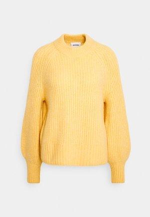 SONJA - Stickad tröja - yellow dusty light
