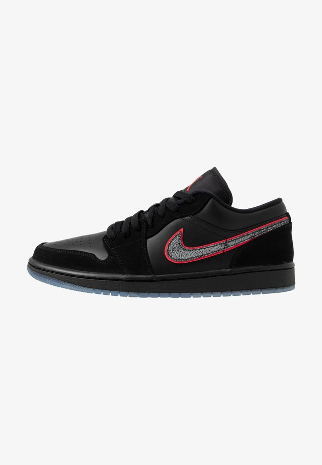 AIR 1 SE - Sneakersy niskie - black/red orbit