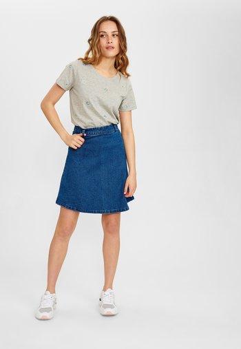 NUTEKLA   - A-line skirt - medium blue denim
