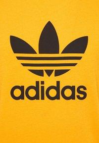 adidas Originals - TREFOIL UNISEX - Print T-shirt - actgol - 2