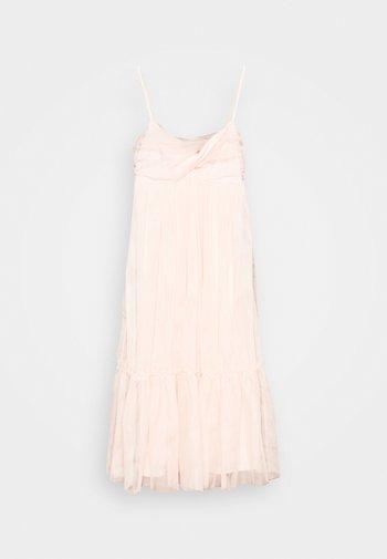 ZALANDO X NA-KD VOLUME DRESS - Koktejlové šaty/ šaty na párty - dusty pink