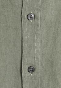 DRYKORN - TAROK - Shirt - mottled olive - 2