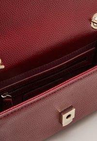 Valentino Bags - DIVINA  - Across body bag - vino - 2