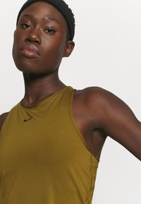 Nike Performance - TANK ALL OVER  - Funktionsshirt - olive flak - 6
