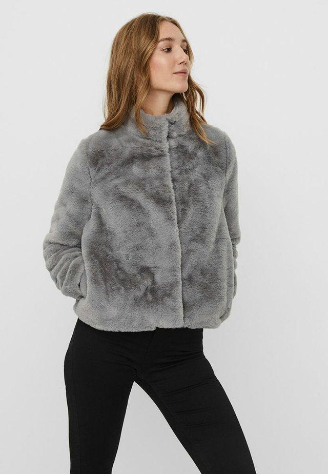 VMTHEA SHORT JACKET - Winter jacket - frost gray