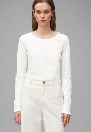 LONG SLEEVE CREW NECK SLIM FIT - Long sleeved top - scandinavian white
