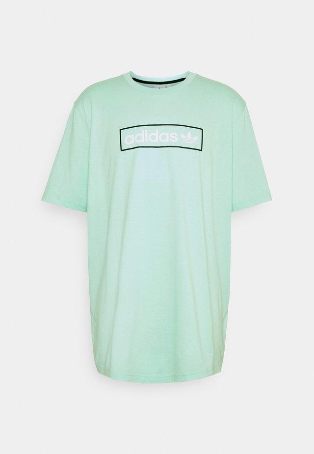 LINEAR LOGO TEE - Print T-shirt - clear mint