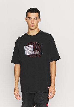 EVENT 1985 TEE - Print T-shirt - black