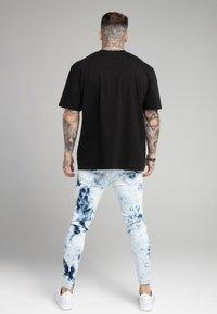 SIKSILK - DISTRESSED ELASTICATED  - Jeans Skinny Fit - blue tie dye - 2